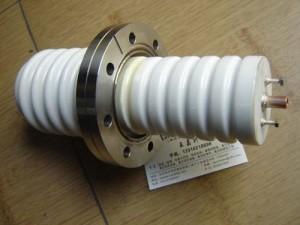 高电压电极